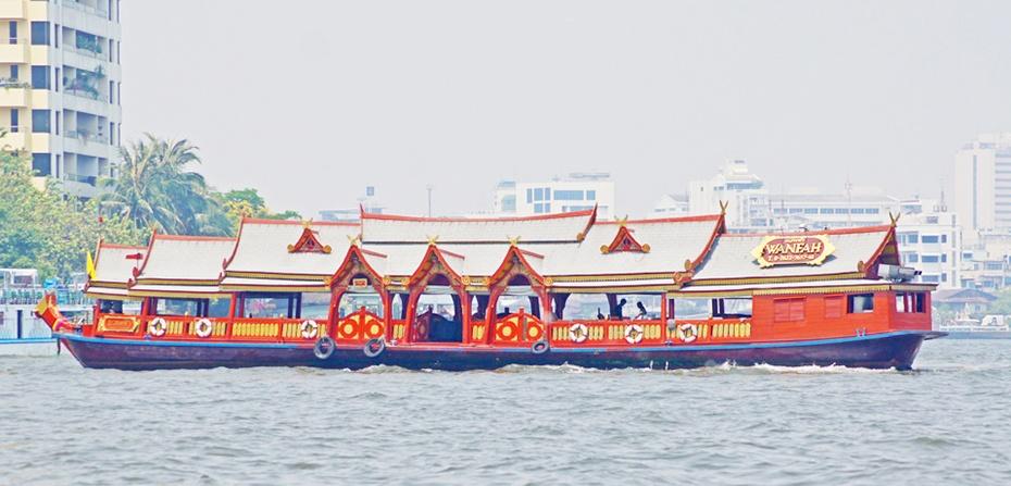 泰國曼谷湄南河古柚木船晚餐Wan Fah Dinner Cruise,曼谷Wan Fah Dinner Cruise湄南河遊船