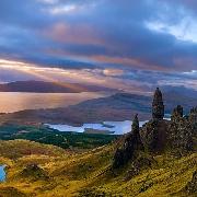 蘇格蘭高地天空島+艾琳多南城堡+尼斯湖一日遊(因弗內斯往返+英文導遊)