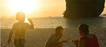 喀比日落夜光海灘巡遊